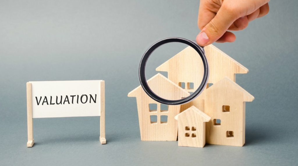 Is Property Valuation Risk for Banks and Developers